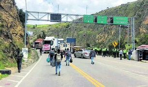 """Transportistas denuncian que fueron amenazados: """"Si no firmábamos soltaban al Ejército"""""""