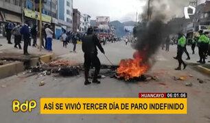 Paro de transportistas en provincias: protestantes realizan bloqueos y vandalizan vehículos