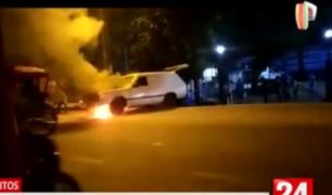 Iquitos: carroza fúnebre se incendia frente a hospital de Essalud