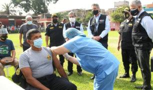Ministra de Defensa: a la fecha más de 60 mil efectivos de la PNP fueron vacunados