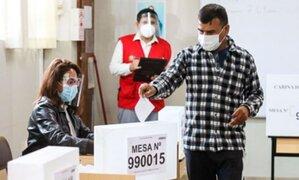 ONPE hizo entrega del material electoral para la votación de peruanos en el extranjero
