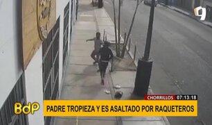 Chorrillos: raqueteros le roban a un hombre distraído frente a un negocio