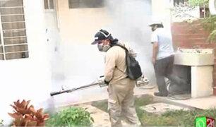 Fumigan viviendas de la Unidad Vecinal Mirones tras confirmarse 17 contagios por dengue