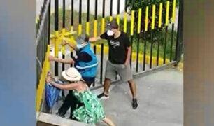 San Miguel: vecinos cierran reja para evitar que dejen sueltos a perros en parque