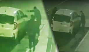 Encañonan y asaltan a dos personas en un auto en Chorrillos