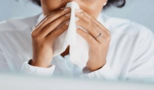 Estudio revela que el resfrío común podría expulsar a la COVID-19 del organismo