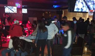 Covid-19: intervienen a más de 50 personas en un club nocturno de Tacna