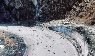 Carretera Central: vuelven a cerrar la vía por deslizamiento de rocas
