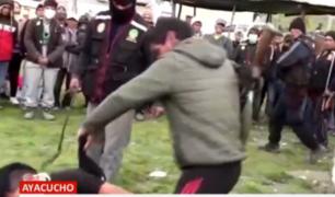 Ayacucho: a latigazos castigan a sujetos acusados de asalto