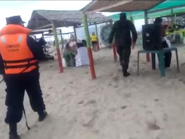 Tumbes: Ejército interviene fiesta con 300 personas en Isla del Amor [VIDEO]