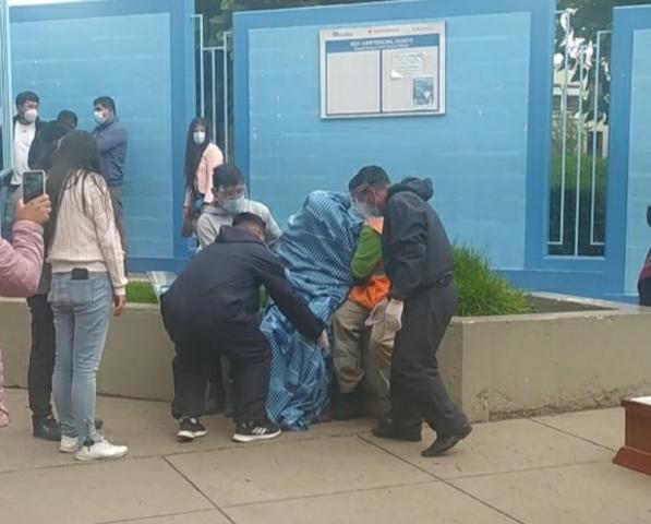 Cusco: exalcalde de Omacha fallece en la puerta de hospital esperando atención