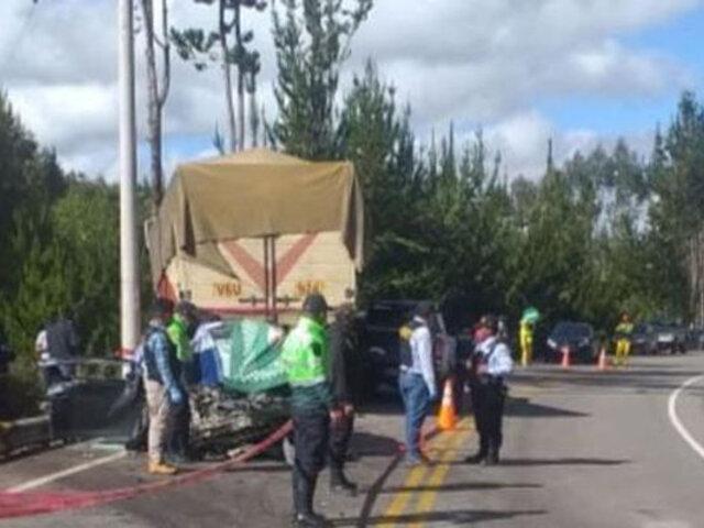 Cusco: choque frontal entre auto y camión deja cuatro muertos en la carretera Interoceánica