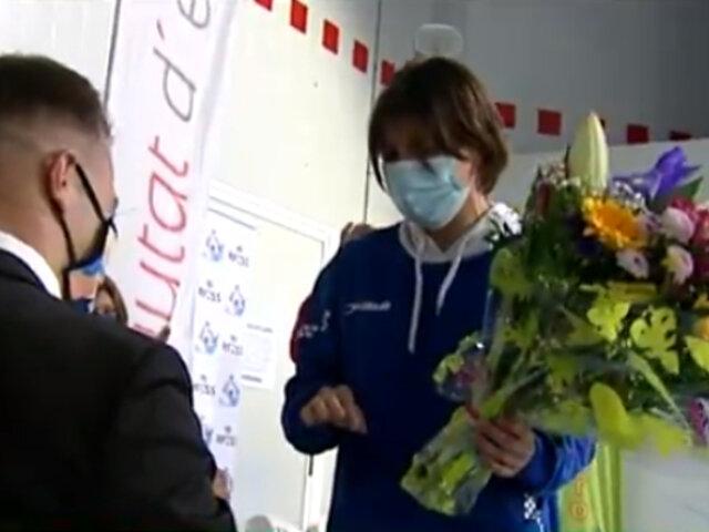 Una emotiva pedida de mano de socorrista a su pareja en Campeonato de España de Salvamento