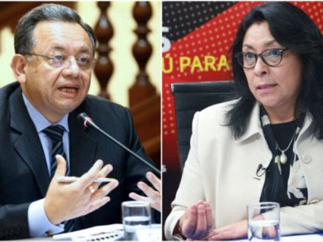 Edgar Alarcón pide a Violeta Bermúdez informe detallado sobre contrato firmado con Sinopharm