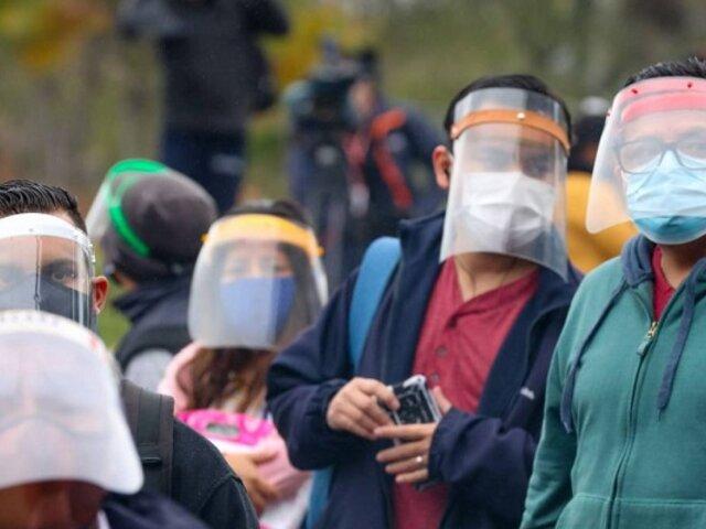 Covid-19: Perú mantiene ligera desaceleración en contagios y fallecimientos