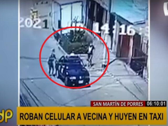 SMP: sujetos roban celular a una mujer y huyen a bordo de un taxi