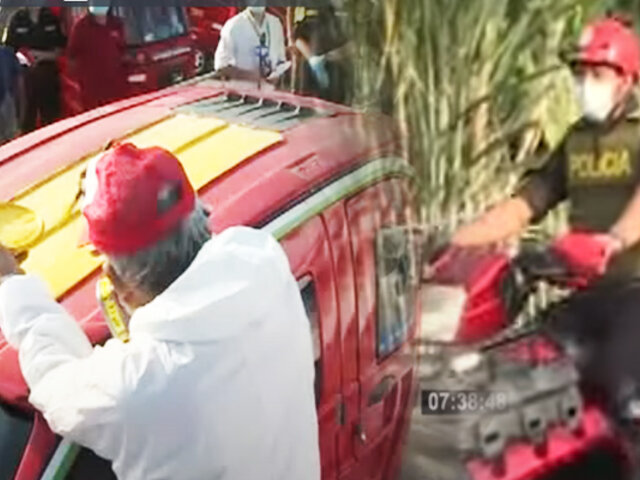 SJL: Pintan placas en techos de mototaxis para combatir a la delincuencia
