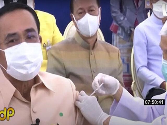 Primer ministro de Tailandia se vacunó con AstraZeneca para generar confianza