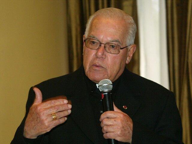 Monseñor Luis Bambarén fue internado en clínica local por Covid-19