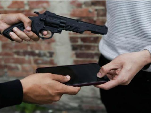 PNP refuerza campaña para no comprar celulares robados