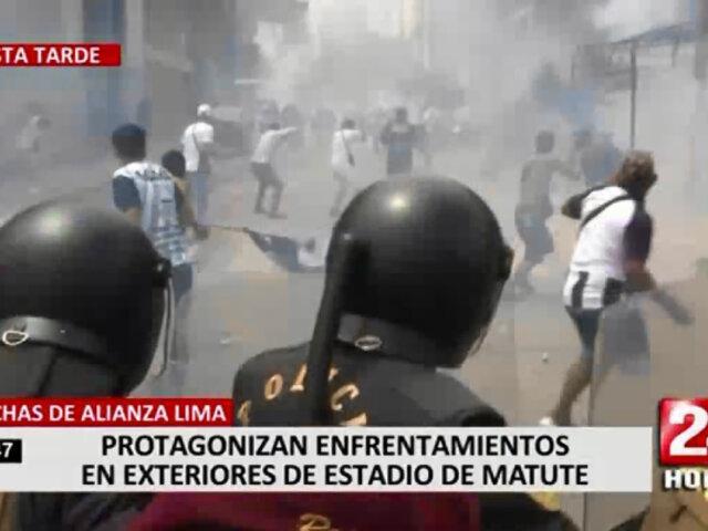 Hinchas de Alianza Lima se congregan y generan disturbios en exteriores de Matute