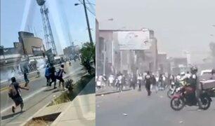 Barristas de Alianza Lima se enfrentan entre sí y policías resguardan el jirón Abtao