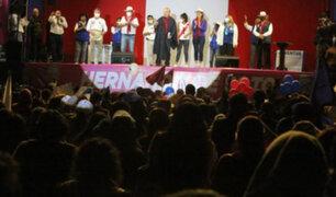 Hernando de Soto: cierre de campaña en Arequipa causa aglomeración de personas