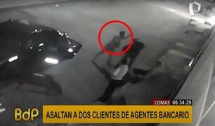 Comas: asaltan con armas de fuego a dos personas en agente bancario