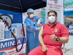 Alrededor de 1300 Bomberos de Lima Sur reciben primera dosis de vacuna contra COVID-19