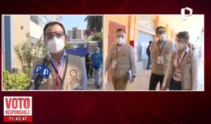 Observadores de la OEA visitan centros de votación