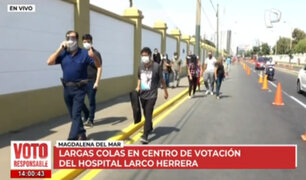 Elecciones 2021: largas colas en centro de votación del hospital Larco Herrera