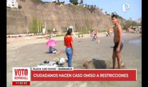 Ciudadanos acuden a las playas de la Costa Verde tras la ausencia de las autoridades policiales