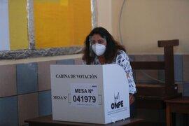 Violeta Bermúdez pide a los ciudadanos a votar cumpliendo con los protocolos