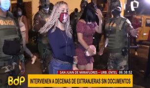 Operativo en SJM: extranjeras acusadas de ejercer prostitución agredieron a PNP y la prensa