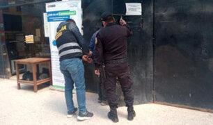 Juliaca: tres policías fueron intervenidos cuando bebían licor en una discoteca clandestina