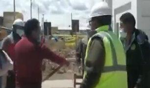 Juliaca: agarran a correazos al gerente del Gobierno Regional de Puno