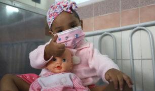 ¡Proeza médica! Extraen tumor de cráneo de niña de 3 años y reconstruyen su rostro