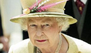 Reina Isabel II cumple 95 años sin el príncipe Felipe y rodeada de sus íntimos