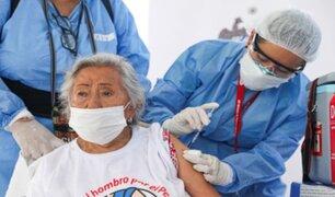 Lunes y martes podrán ir adultos mayores que no fueron vacunados en fecha programada