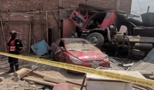 Camión fuera de control se estrella contra vivienda y deja 4 heridos en Carabayllo