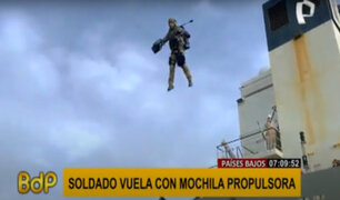 'Soldado volador' en Holanda: utilizó mochila propulsora para ir de un barco a otro
