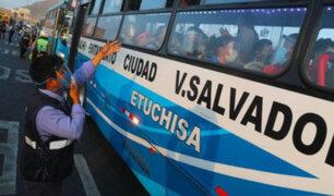 Unidades de transporte público deben mantener ventanas abiertas para evitar contagios covid-19