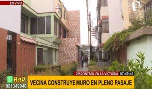 Vecinos sin límites en La Victoria: construyen muros y escaleras en pleno pasaje