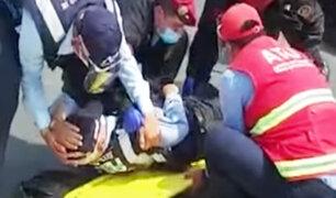 San Luis: Taxista informal atropella a inspectores de la ATU