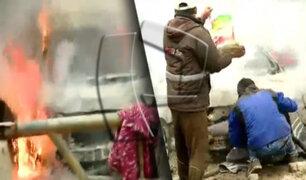 Lomo de Corvina: Queman auto en medio de violento desalojo