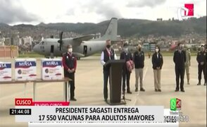 Presidente Sagasti lleva 17 550 dosis de vacuna de Pfizer a Cusco