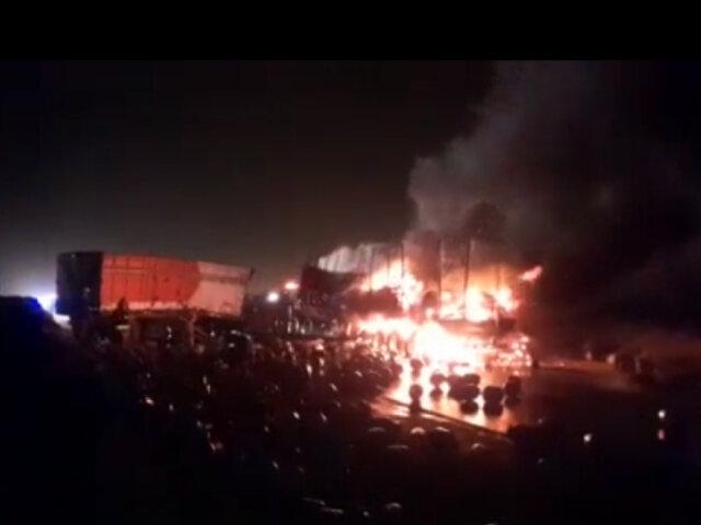 Áncash: Choque de camiones deja a dos conductores fallecidos
