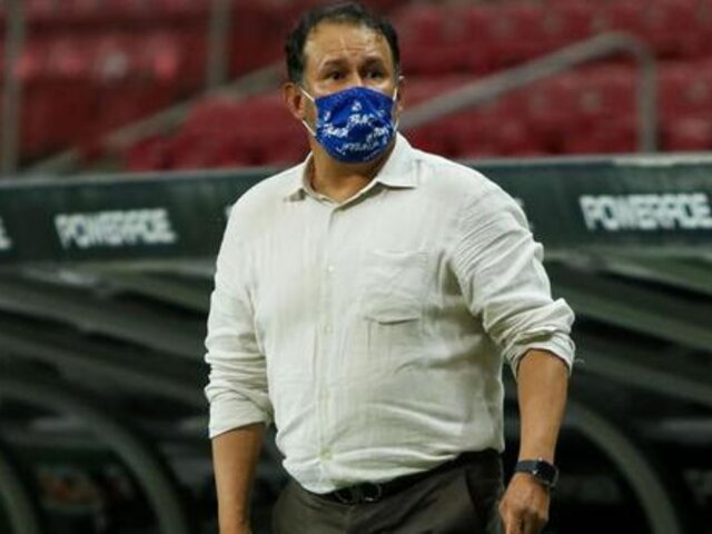 Juan Reynoso consiguió récord histórico de victorias con el Cruz Azul de México