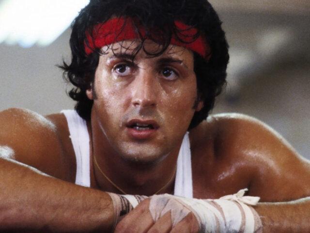 Sylvester Stallone anuncia que comenzó a escribir serie precuela de la saga Rocky