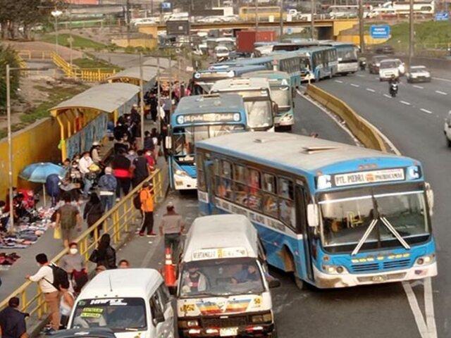 Transportistas definirán hoy si paro es indefinido o escalonado